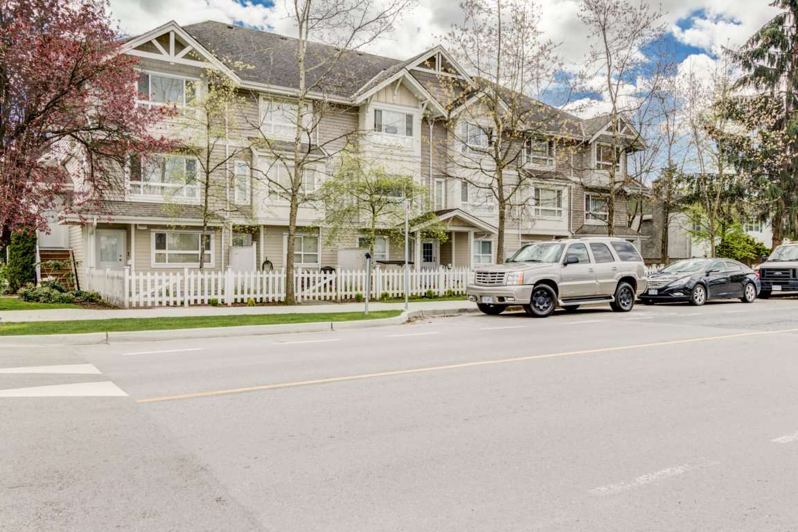 Photo 19: 6 5255 201A Street in Langley: Langley City Townhouse for sale : MLS® # R2160090