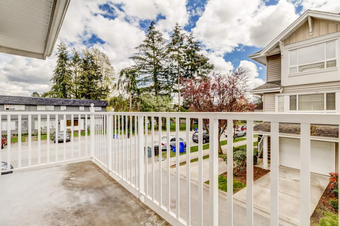 Photo 4: 6 5255 201A Street in Langley: Langley City Townhouse for sale : MLS® # R2160090