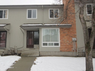 Main Photo: 11815 32A Avenue in Edmonton: Zone 16 Townhouse for sale : MLS(r) # E4061807