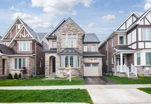 Main Photo: 375 Begonia Gardens in Oakville: Rural Oakville House (2-Storey) for sale : MLS(r) # W3791869