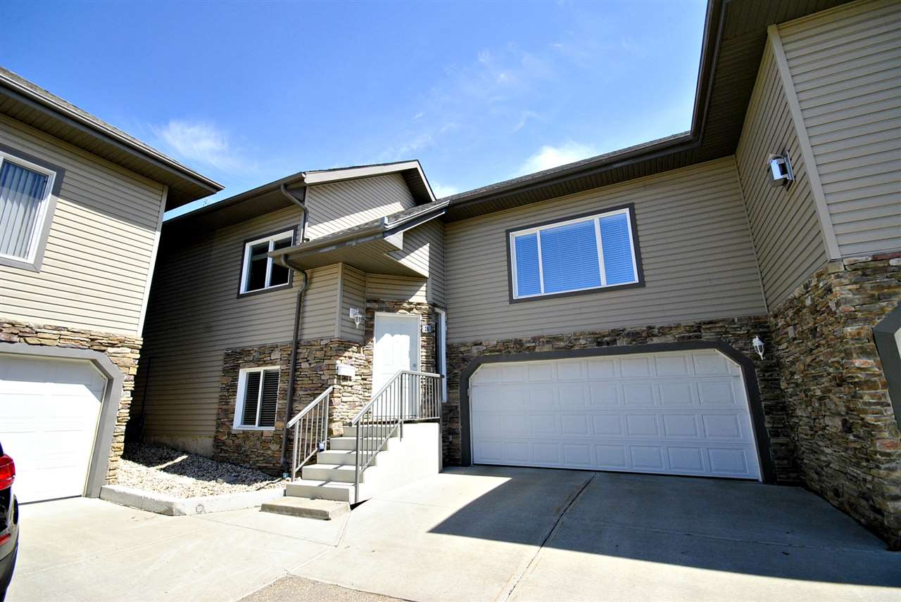 Photo 2: 3 17715 96 Avenue in Edmonton: Zone 20 House Half Duplex for sale : MLS(r) # E4067369