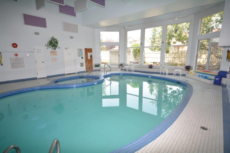 Enjoy the pool, hot tub and sauna with friends or family!