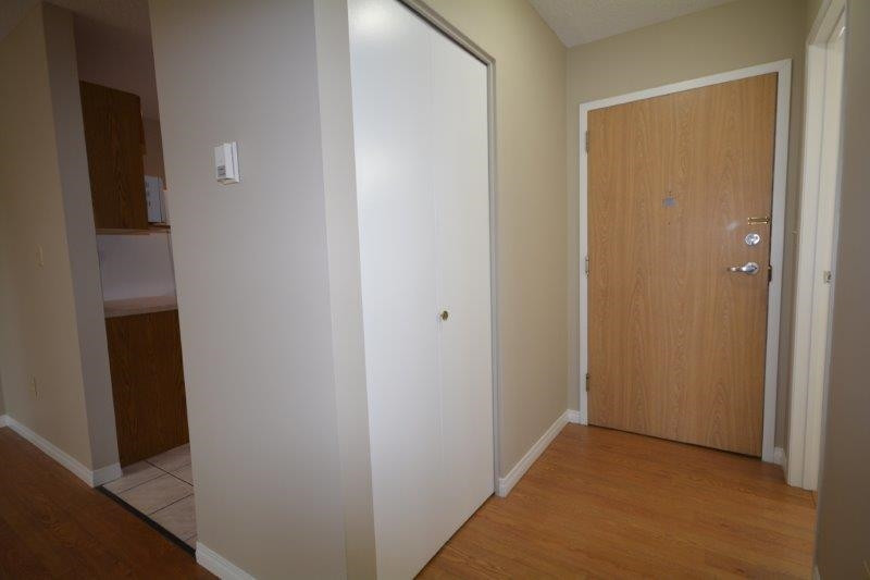 Nice wide entrance to the suite with lots of closet space.