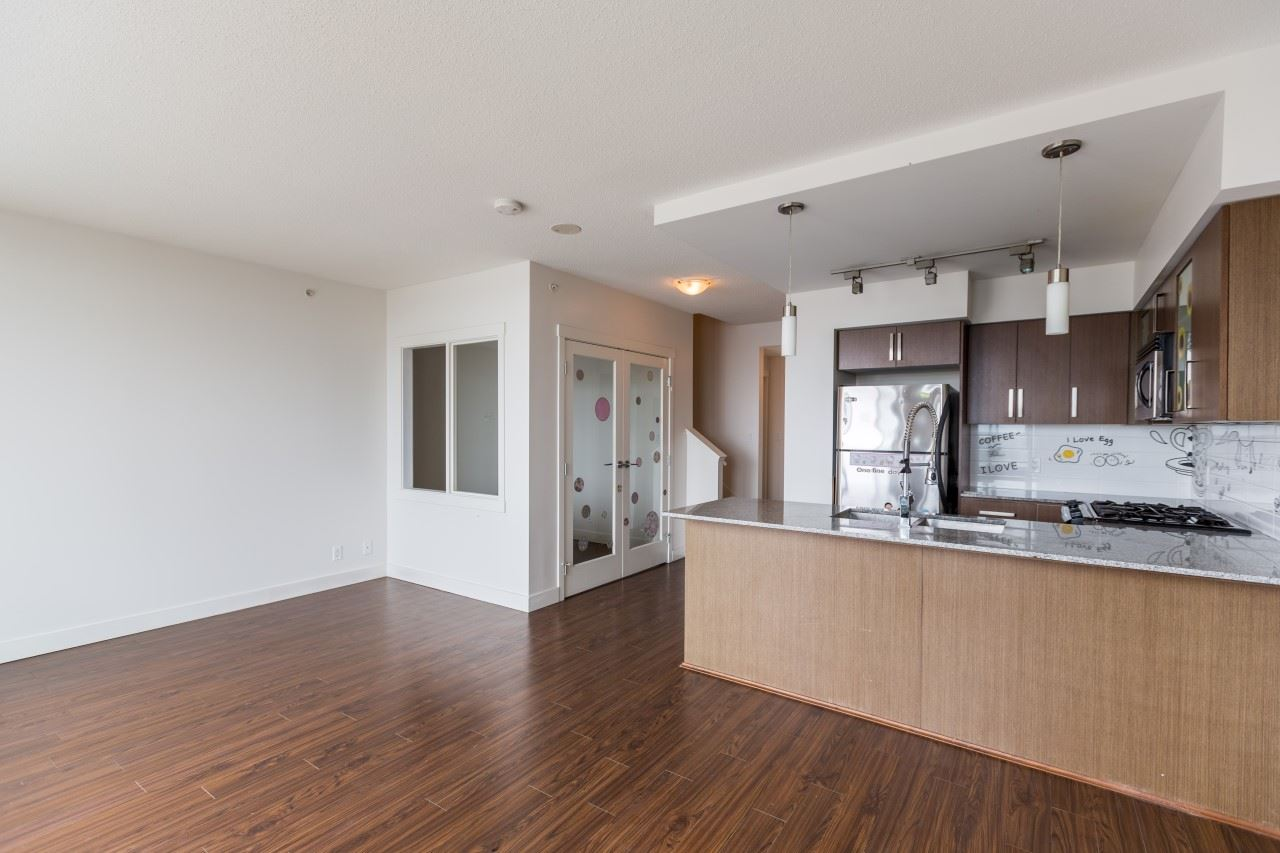 Photo 4: 1806 8068 WESTMINSTER Highway in Richmond: Brighouse Condo for sale : MLS(r) # R2188184