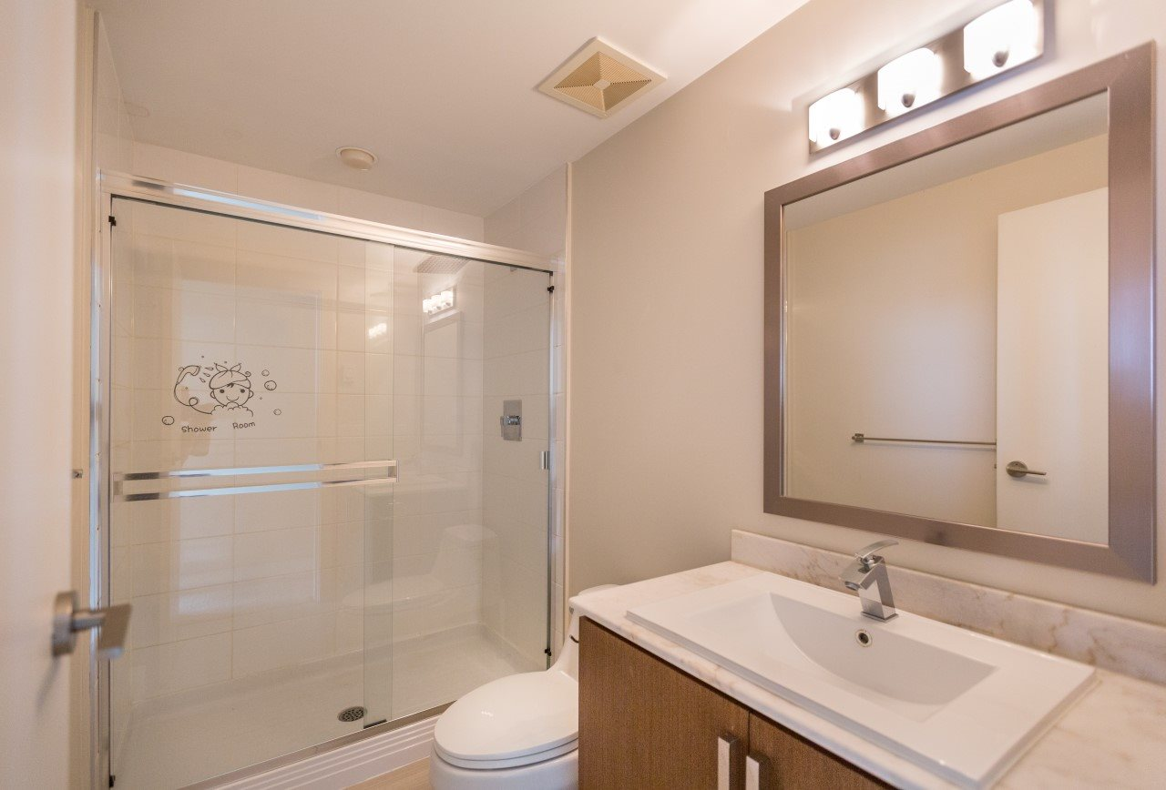 Photo 9: 1806 8068 WESTMINSTER Highway in Richmond: Brighouse Condo for sale : MLS(r) # R2188184