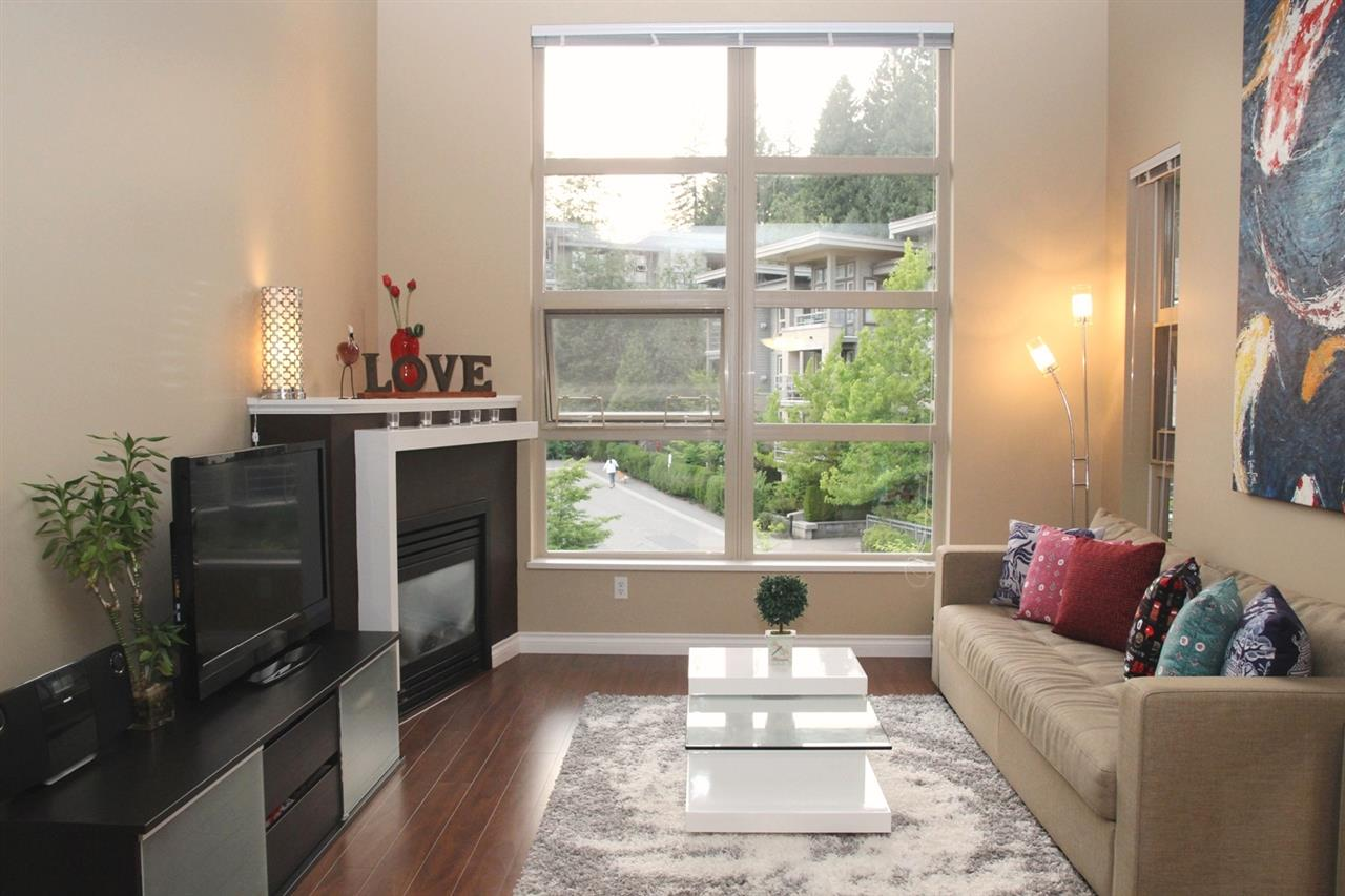 Main Photo: 415 9339 UNIVERSITY CRESCENT in Burnaby: Simon Fraser Univer. Condo for sale (Burnaby North)  : MLS® # R2189667