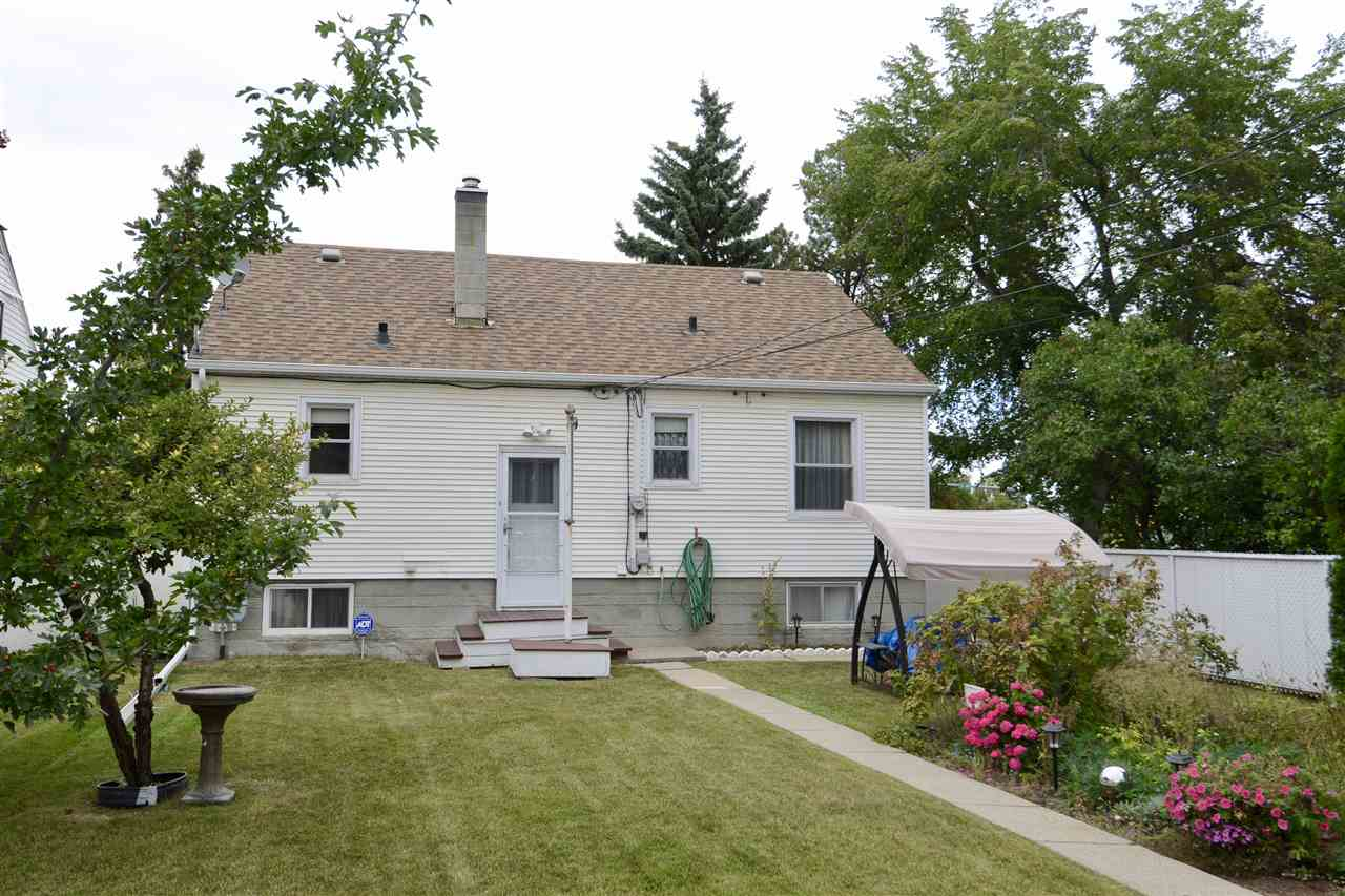 Photo 28: 11607 111 Avenue in Edmonton: Zone 08 House for sale : MLS® # E4081750