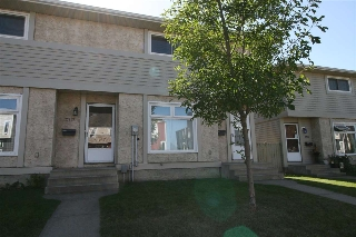Main Photo:  in Edmonton: Zone 35 Townhouse for sale : MLS® # E4083876