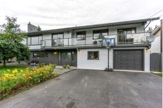 Main Photo: 2077 LONSDALE Crescent in Abbotsford: Abbotsford West House for sale : MLS® # R2231058