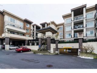 Main Photo: 124 9655 KING GEORGE BOULEVARD in Surrey: Whalley Condo for sale (North Surrey)  : MLS® # R2229475