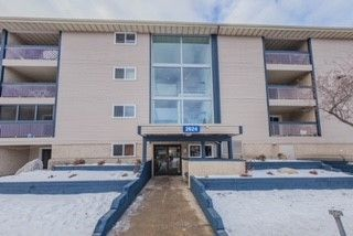 Main Photo: 205 2624 Millwoods Road NW in Edmonton: Zone 29 Condo for sale : MLS® # E4093809