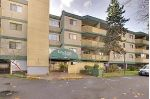 "Main Photo: 208 8700 ACKROYD Road in Richmond: Brighouse Condo for sale in ""LANSDOWNE SQUARE"" : MLS® # R2234022"