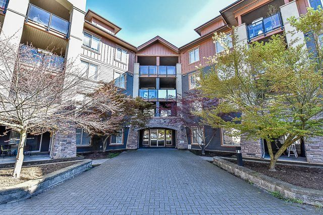 Main Photo: 3220 240 SHERBROOKE STREET in New Westminster: Sapperton Condo for sale : MLS®# R2249294