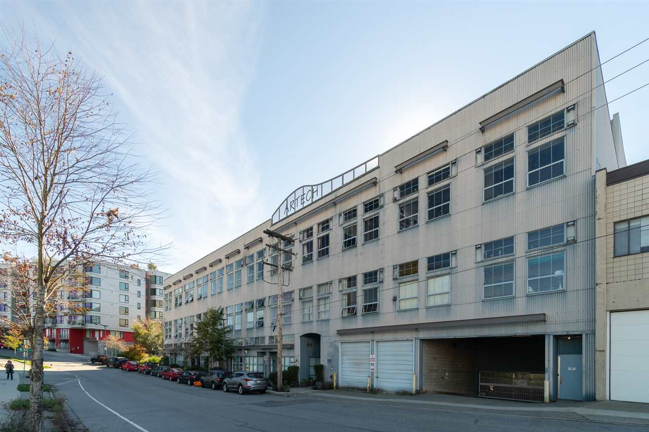 "Main Photo: 321 336 E 1ST Avenue in Vancouver: Mount Pleasant VE Condo for sale in ""Artech"" (Vancouver East)  : MLS®# R2314235"