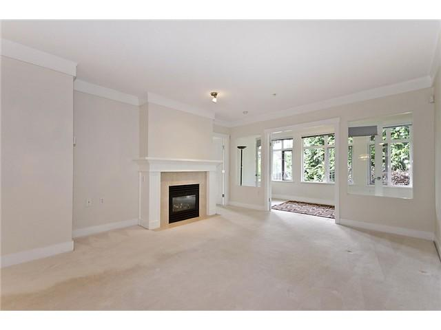 "Photo 3: 218 3188 W 41ST Avenue in Vancouver: Kerrisdale Condo for sale in ""Lanesborough"" (Vancouver West)  : MLS(r) # V906139"