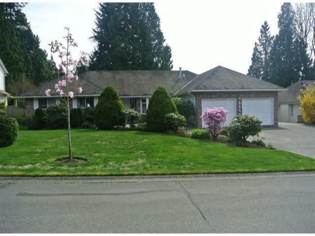 Photo 1: 12544 21A Avenue in Surrey: Crescent Bch Ocean Pk. House for sale (South Surrey White Rock)  : MLS(r) # F1307702