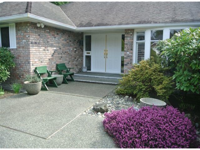 Photo 2: 12544 21A Avenue in Surrey: Crescent Bch Ocean Pk. House for sale (South Surrey White Rock)  : MLS(r) # F1307702