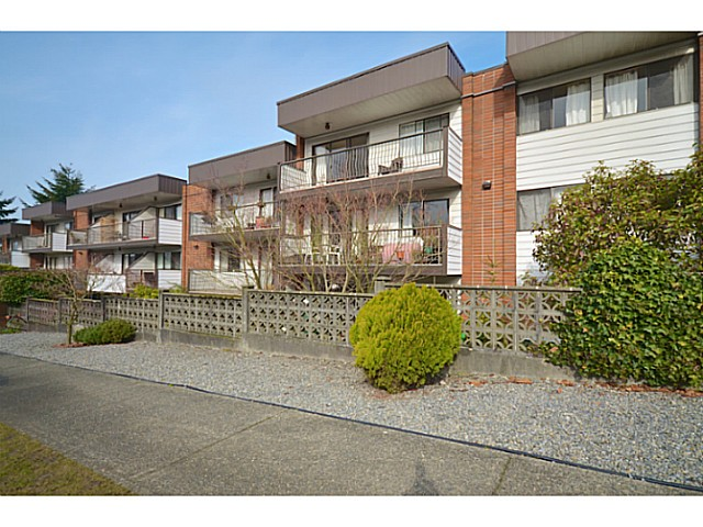 "Photo 11: 114 2033 TRIUMPH Street in Vancouver: Hastings Condo for sale in ""MCKENZIE HOUSE"" (Vancouver East)  : MLS® # V1049708"