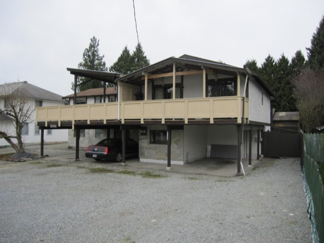 Main Photo: 21153 DEWDNEY TRUNK Road in Maple Ridge: Northwest Maple Ridge House Duplex for sale : MLS®# V1051852