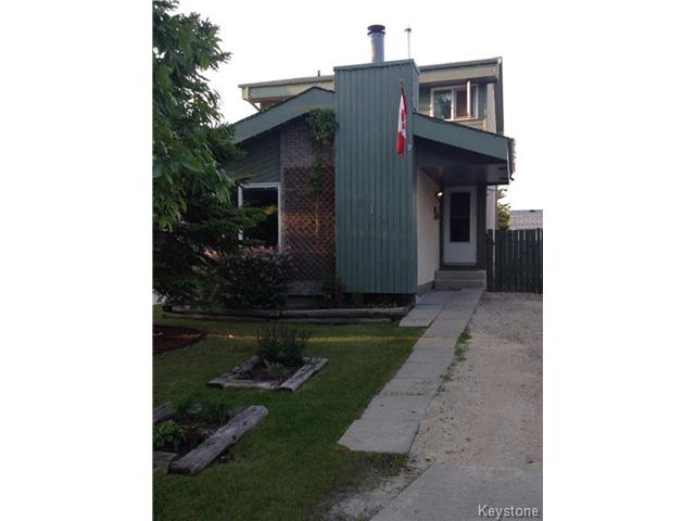 Main Photo: 214 Vince Leah Drive in WINNIPEG: West Kildonan / Garden City Residential for sale (North West Winnipeg)  : MLS® # 1414057
