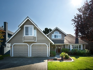 "Main Photo: 5290 WELLBURN Drive in Ladner: Hawthorne House for sale in ""VICTORY SOUTH"" : MLS(r) # V1085628"