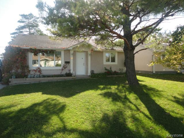 Main Photo: 98 Cornwall Boulevard in WINNIPEG: St James Residential for sale (West Winnipeg)  : MLS® # 1426121
