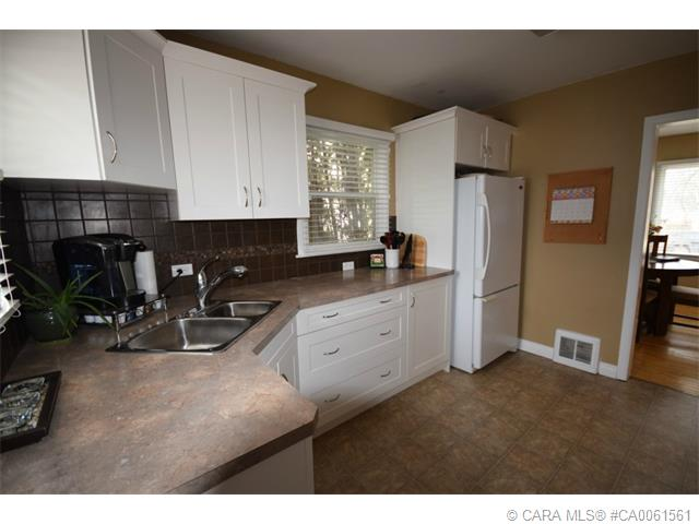 Photo 9: 4105 50A Street in Red Deer: RR Michener Hill Residential for sale : MLS® # CA0061561