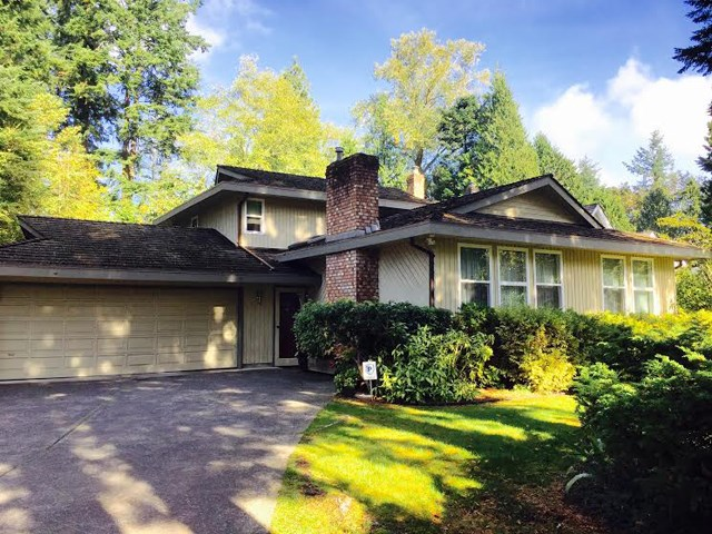 Main Photo: 13529 18 Avenue in Surrey: Crescent Bch Ocean Pk. House for sale (South Surrey White Rock)  : MLS® # R2013726