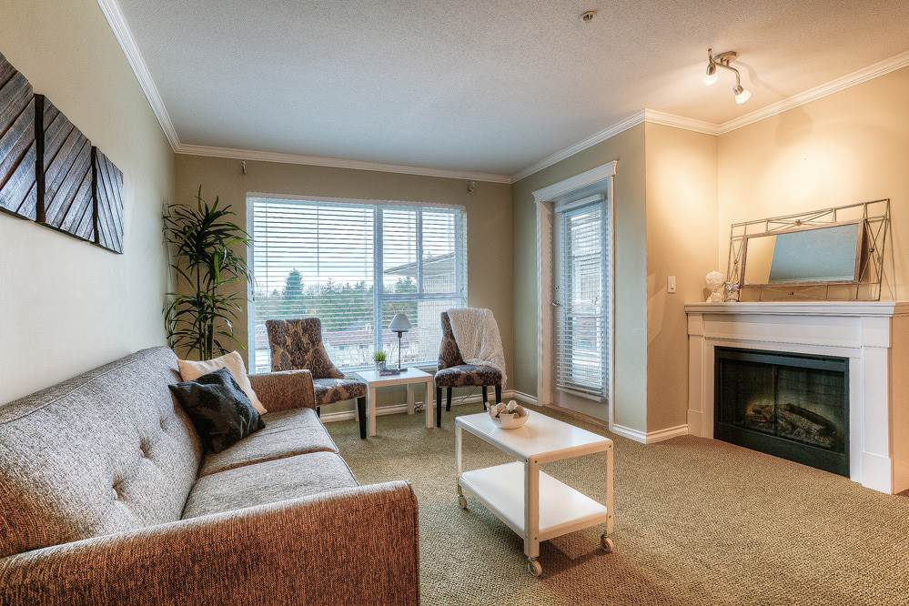 "Photo 6: 410 22255 122 Avenue in Maple Ridge: West Central Condo for sale in ""MAGNOLIA GATE"" : MLS® # R2034091"