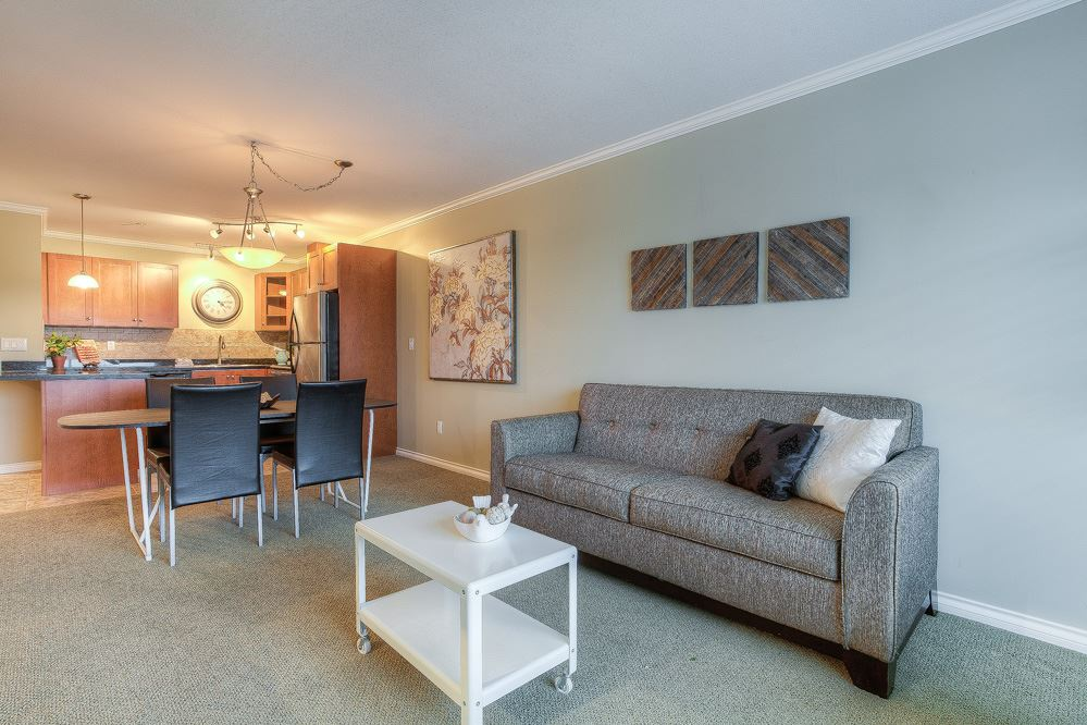 "Photo 8: 410 22255 122 Avenue in Maple Ridge: West Central Condo for sale in ""MAGNOLIA GATE"" : MLS® # R2034091"