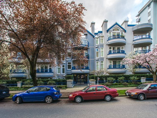 "Photo 18: 303 1924 COMOX Street in Vancouver: West End VW Condo for sale in ""The Windgate"" (Vancouver West)  : MLS(r) # R2049844"