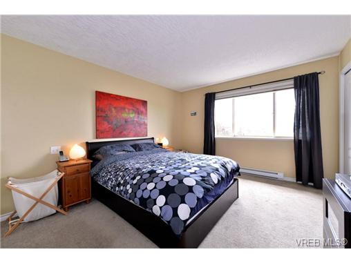 Photo 17: 24 127 Aldersmith Place in VICTORIA: VR Glentana Townhouse for sale (View Royal)  : MLS(r) # 368134