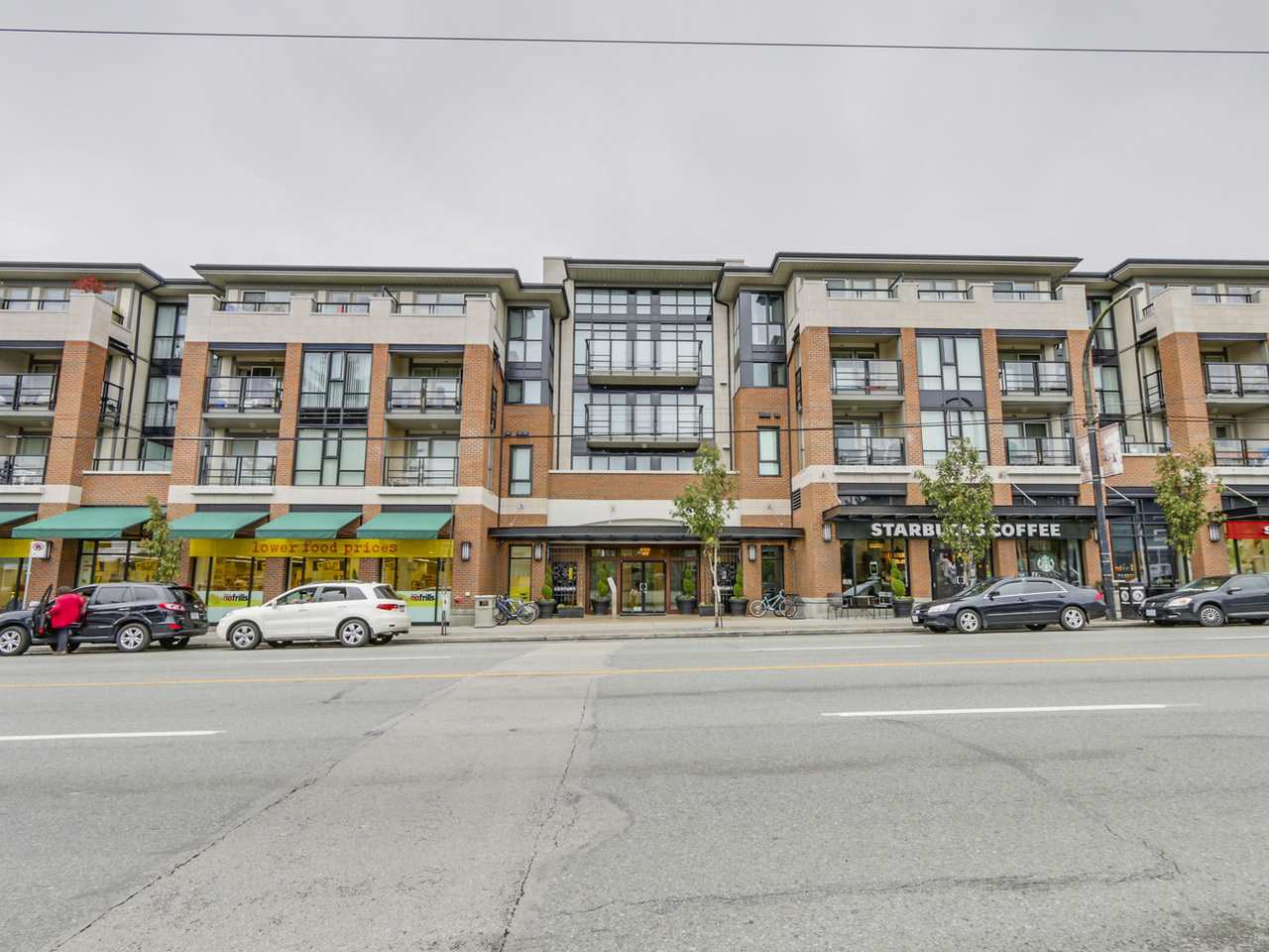 "Main Photo: 309 4550 FRASER Street in Vancouver: Fraser VE Condo for sale in ""THE CENTURY"" (Vancouver East)  : MLS(r) # R2117523"