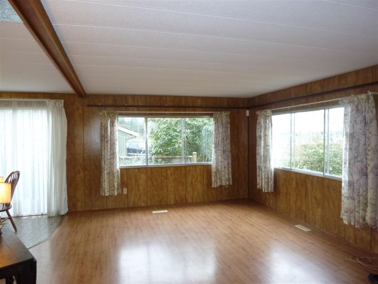 "Photo 4:  in Sechelt: Sechelt District Manufactured Home for sale in ""SECHELT"" (Sunshine Coast)  : MLS(r) # R2143216"