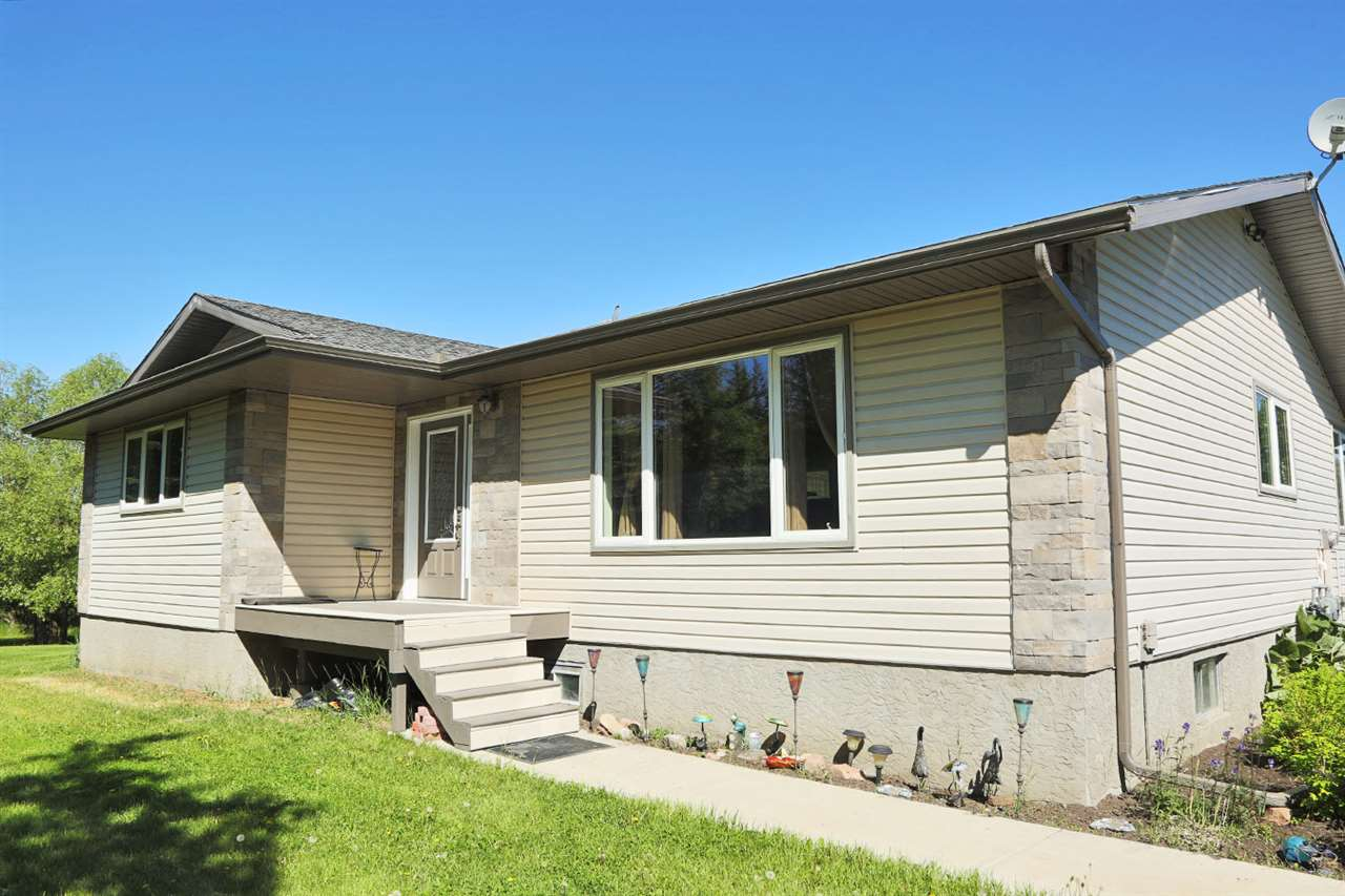 Main Photo: 62 53111 Rg Rd 220 Road: Rural Strathcona County House for sale : MLS(r) # E4068062