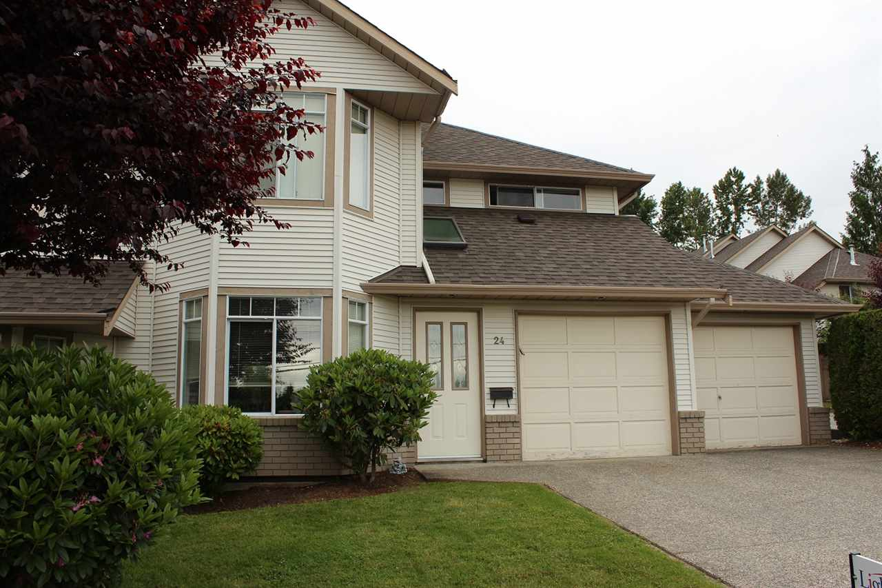 "Main Photo: 24 32361 MCRAE Avenue in Mission: Mission BC Townhouse for sale in ""Spencer Estates"" : MLS® # R2176734"