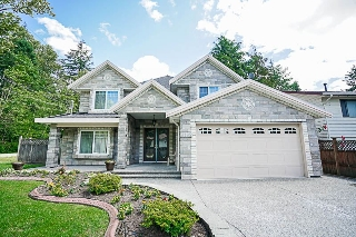 Main Photo: 9192 147 Street in Surrey: Bear Creek Green Timbers House for sale : MLS® # R2197086