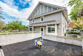 Main Photo: 15 621 LANGSIDE Avenue in Coquitlam: Coquitlam West Townhouse for sale : MLS® # R2206245