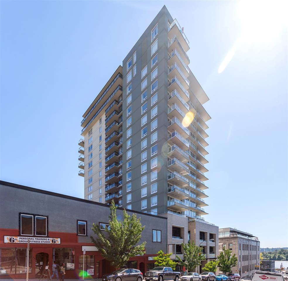 "Main Photo: 1706 39 SIXTH Street in New Westminster: Downtown NW Condo for sale in ""QUANTUM"" : MLS® # R2209097"