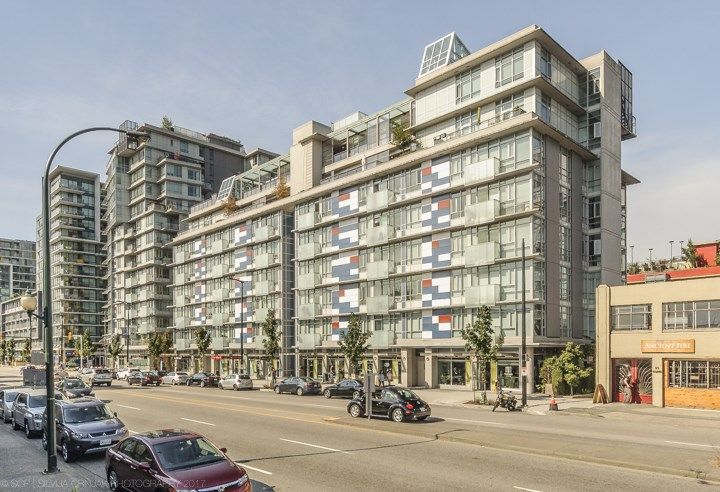 Main Photo: 806 63 W 2ND AVENUE in Vancouver: False Creek Condo for sale (Vancouver West)  : MLS® # R2215360