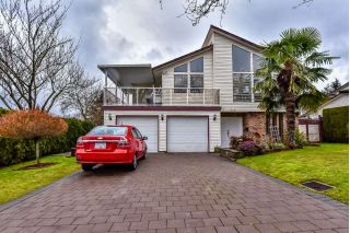 Main Photo: 8461 153A Street in Surrey: Fleetwood Tynehead House for sale : MLS® # R2236037