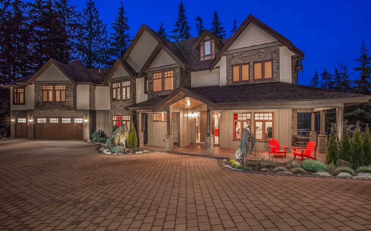 Main Photo: 1063 SUGAR MOUNTAIN Way: Anmore House for sale (Port Moody)  : MLS® # R2242140