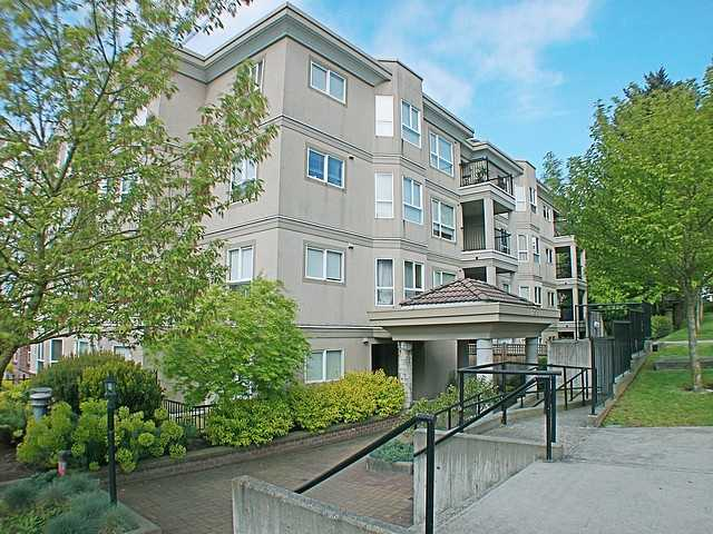 "Main Photo: 304 202 MOWAT Street in New Westminster: Uptown NW Condo for sale in ""SAUSALITO"" : MLS® # V870490"