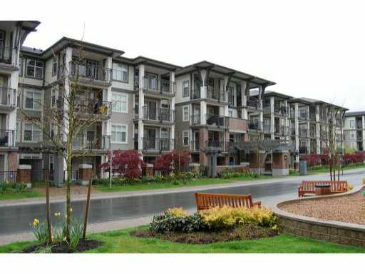 "Main Photo: 302 4768 BRENTWOOD Drive in Burnaby: Brentwood Park Condo for sale in ""HARRIS"" (Burnaby North)  : MLS®# V886690"