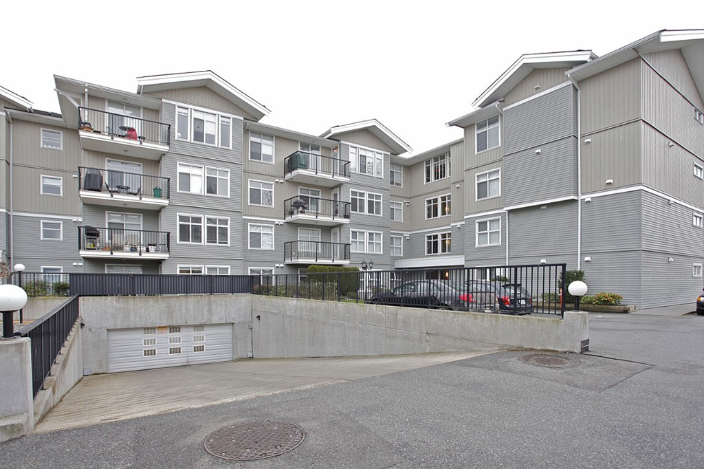 "Photo 24: 205 33255 OLD YALE Road in Abbotsford: Central Abbotsford Condo for sale in ""The Brixton"" : MLS® # F1327436"
