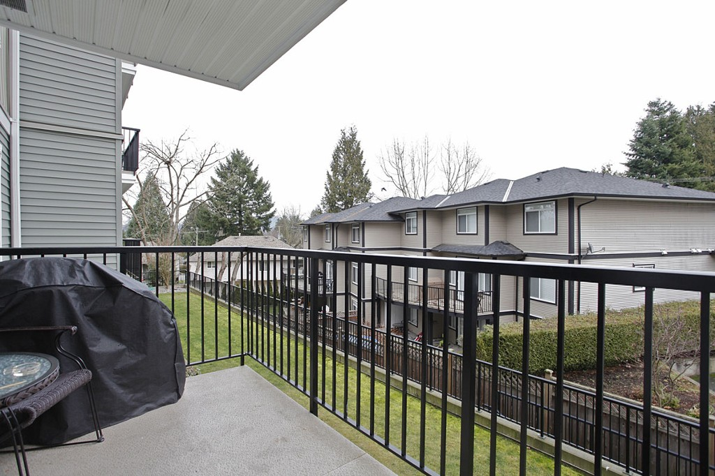 "Photo 22: 205 33255 OLD YALE Road in Abbotsford: Central Abbotsford Condo for sale in ""The Brixton"" : MLS® # F1327436"