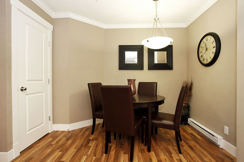 "Photo 11: 205 33255 OLD YALE Road in Abbotsford: Central Abbotsford Condo for sale in ""The Brixton"" : MLS® # F1327436"