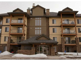 Main Photo: 1312 92 CRYSTAL SHORES Road: Okotoks Condo for sale : MLS® # C3608262