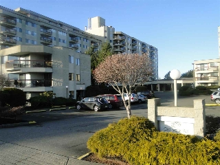 "Main Photo: 415 31955 OLD YALE Road in Abbotsford: Abbotsford West Condo for sale in ""EVERGREEN VILLAGE"" : MLS® # R2025646"