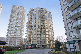 "Main Photo: 704 828 AGNES Street in New Westminster: Downtown NW Condo for sale in ""WESTMINSTER TOWERS"" : MLS(r) # R2034811"